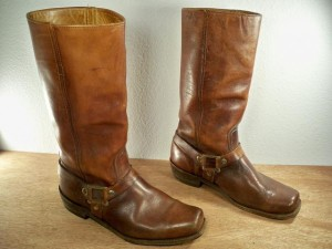 vintage-spanish-leather-motorcycle-boots-640